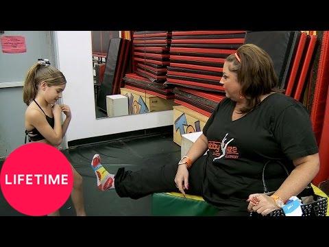 Dance Moms: Goodbye Special: Foot Rubs Ain