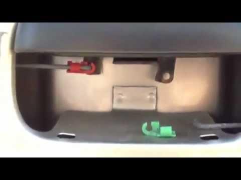 2005 chevy silverado parts diagram nordyne ac capacitor wiring tailgate latch clip repair - youtube