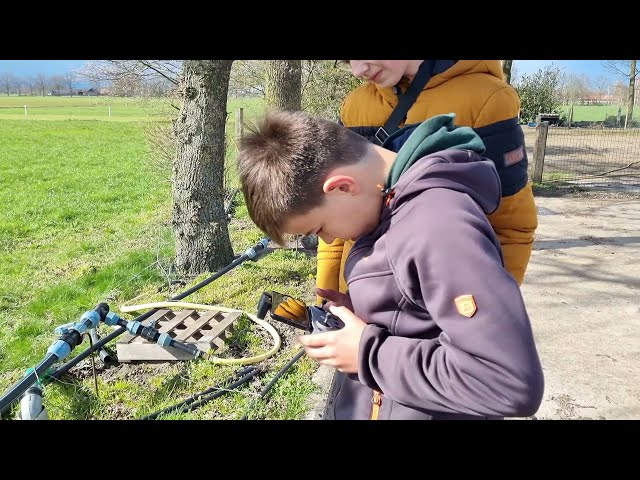 Vinder 1e kievitsei maakt kennis met weidevogeldrone