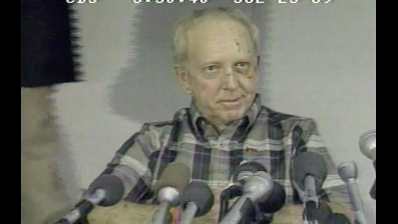 Captain Alfred Haynes Describes United Flight 232 Crash - CBS Evening News  - July 25, 1989