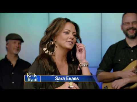 Sara Evans Chats About Performing With Her Family