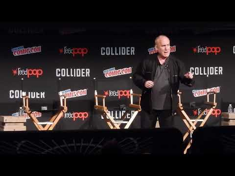 Jeph Loeb directing crowd before Agents of Shield panel at NYCC 2017