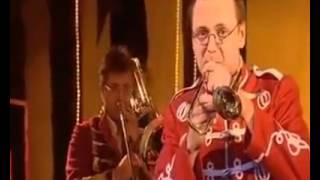 Цирк и тромбон)) ( Прикол)