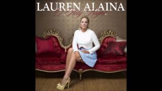 Lauren Alaina - O Holy Night Mp3