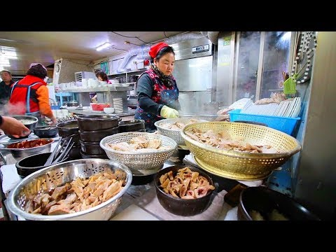 EXTRA SPICY Korean Street Food Tour in Busan, Korea   STREET FOOD in KOREA + SEAFOOD Market Tour