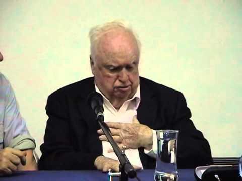 Visita de Patrick Gower a Puerto Deseado el 10/04/2011