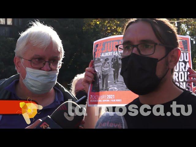 #judicialapremsa Concentració de suport al fotoperiodista Albert Garcia [ contrainfos ]