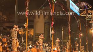 Conch shells sound at Ganga aarti, Varanasi