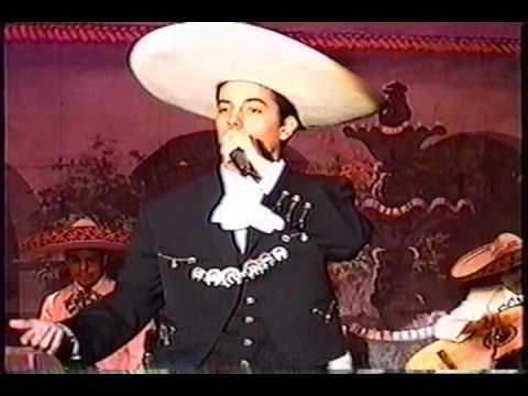 JUAN PABLO GONZALEZ EN EL TEATRO JORGE NEGRETE CAN...