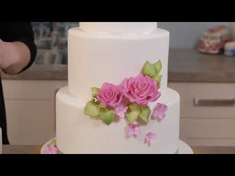 Learn how to make a rose wedding cake