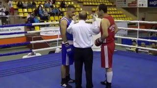 Boks Nakavt 5 Saniyede Burhan AKÇAY  Kağıtspor Türkiye Büyükler Boks Şampiyonası
