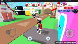 Roblox playing with a fake fan!! meepcity