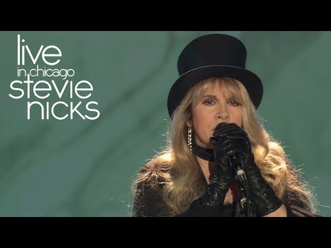 Stevie Nicks - Rhiannon (Live In Chicago)