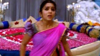 Charmi & Rahul Dev Action Scene    Pournami Movie    Prabhas, Trisha