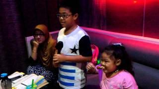 Muhammad Fayyadh Souvantana - Karaoke lagu andeca andeci 7 ikans