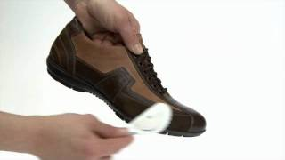 WOLY - Tips for shoe care - Cleaning for mixed materials - WOLY Combi Cleaner