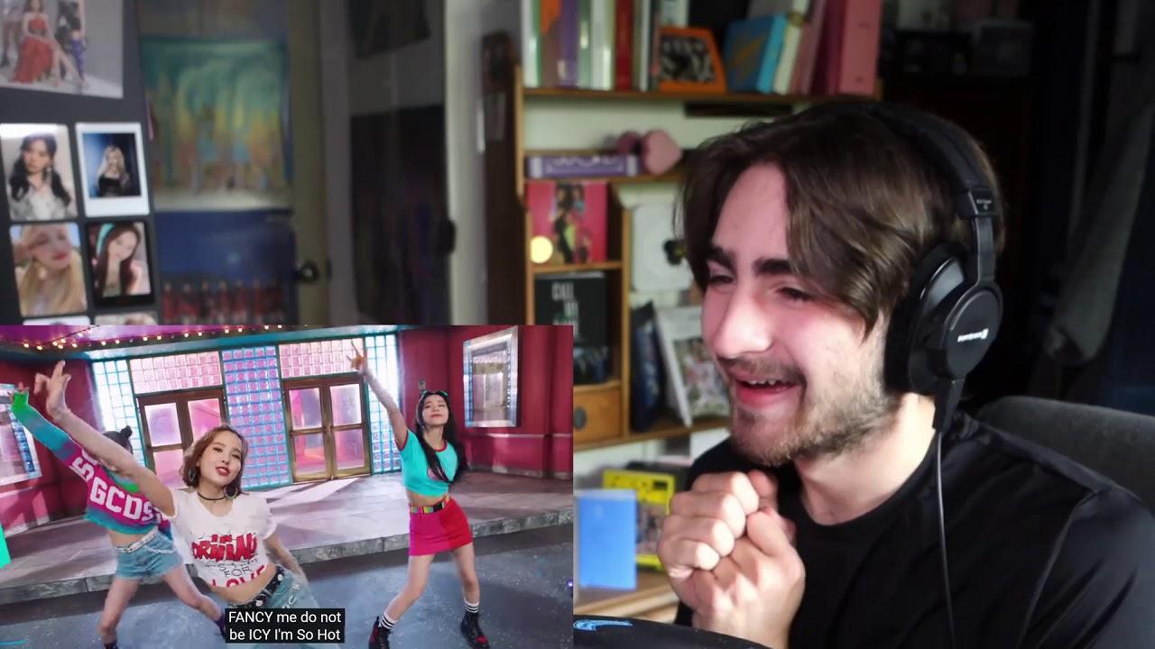 Reacting to NiziU-Make You happy
