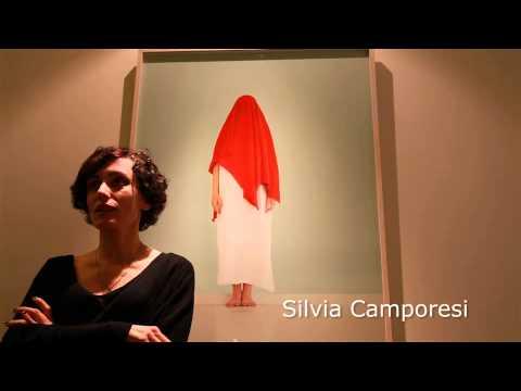 WHO AM I    SILVIA CAMPORESI & ESTHER MATHIS   BAG Photo Art Gallery