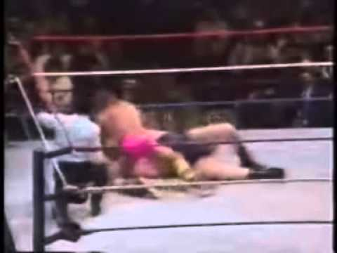 WWF Ultimate Warrior vs Andre The Giant 1989