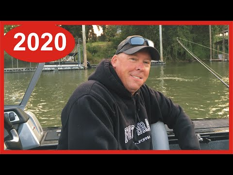 Sacramento River Salmon Fishing Report 2020: Local Fisherman Shares Salmon Catching Tips From A Boat