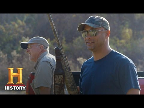 Swamp People: Skeet Shooting, Round 1 - Dwaine vs. Joey (Season 8) | History