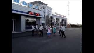 Марийские песни и танцы в аэропорту Йошкар-Олы