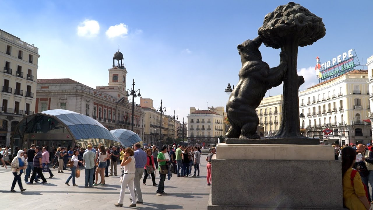 Puerta del sol - Madrid - lesgusta.com - YouTube