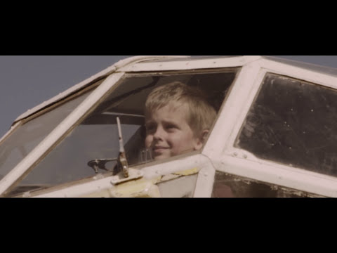 VEKONYZ - What You Like ft. CALIDØRA