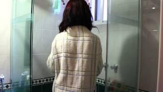 Flores en el Ático Trailer [Trailer] (2014)