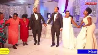 Shangwe za ukweli katika Harusi ya Justin na Naomi