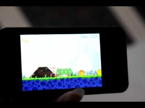 LG Optimus Chic E720 × Angry Birds  © Mobile01
