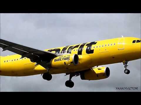 AIRPLANES LANDING AT LA GUARDIA AIRPORT NY.