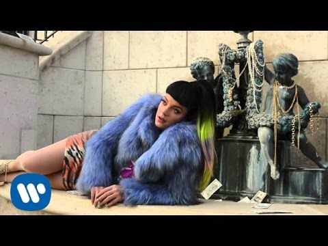 Lily Allen - L.A. Photo Shoot Part 2 (Behind The Scenes)