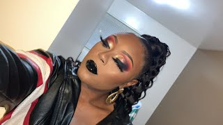 Bomb Vampy look 🙌🏾♥️ With black glossy lip