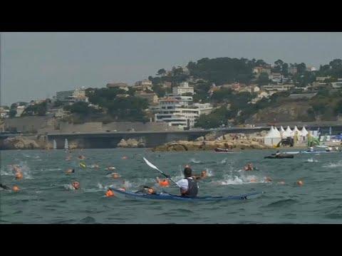 شاهد: سباحون يحاولون محاكاة هروب بطل رواية -مونت كريستو- بالسباحة 5 كيلومترات…  - نشر قبل 24 ساعة