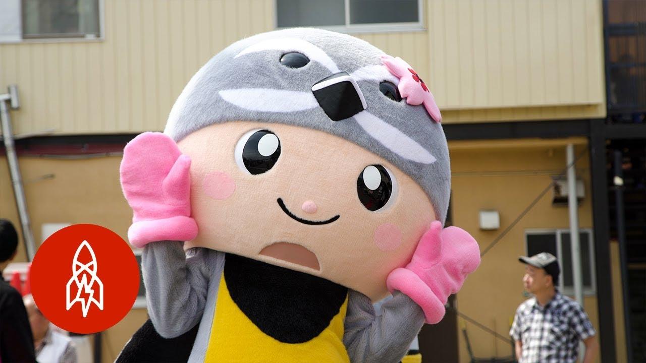 The Woman Teaching Tokyo's Mascots