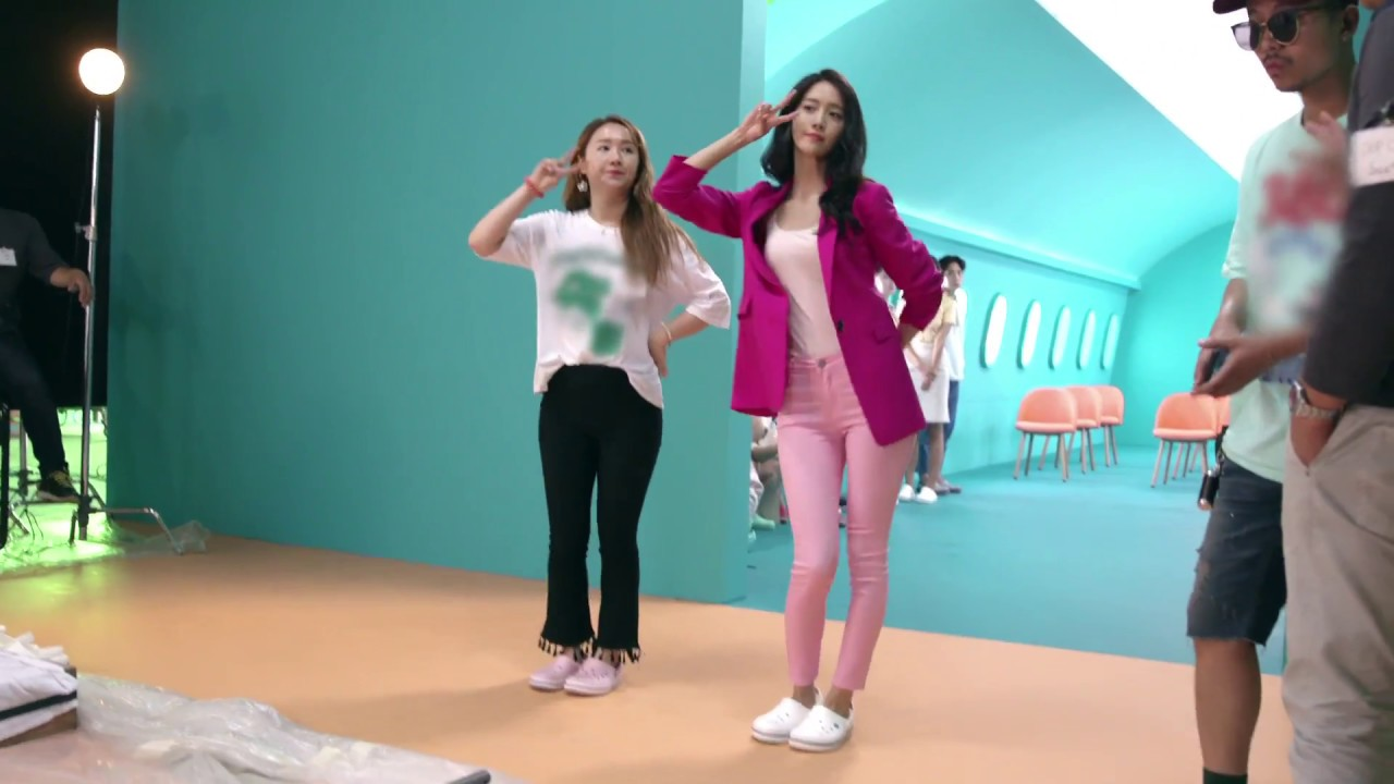 13f3ae661ba4c [3 in 1] 180321 YoonA - Crocs 'Introducing Come As You Are The Musical' cut  & Behind the scene