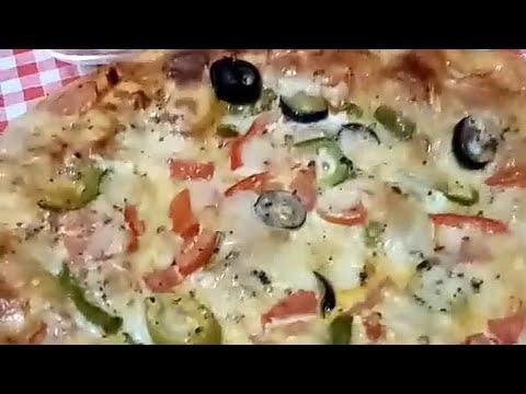 صورة  طريقة عمل البيتزا طريقة عمل البيتزا الشرقي نفسي طعم بتاع الفطاطري وكمان السلطه بتاعت البيتزا طريقة عمل البيتزا من يوتيوب