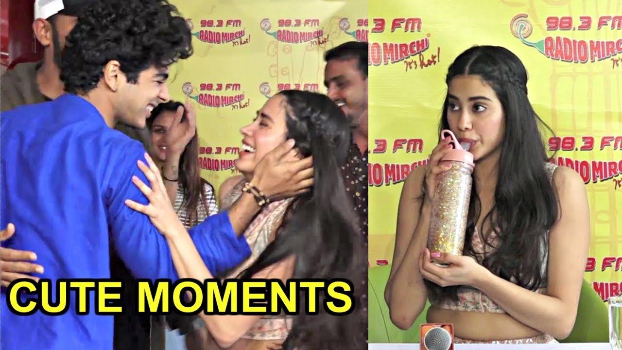 Jhanvi Kapoor Cute Moments - Still A Kid From Inside -  Dhadak Zingat Song Launch