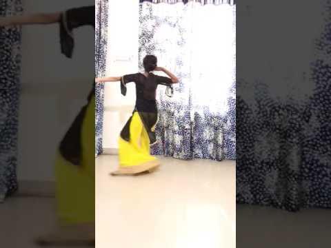 Tu cheez badi hai.....Dance by Rashi