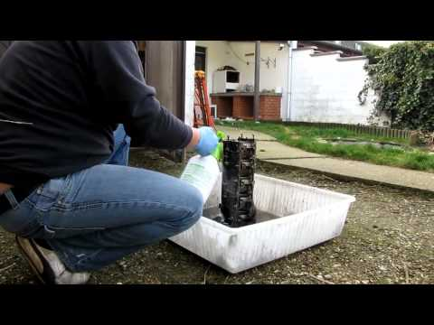 Diesel Engine Parts Degreasing With Paint Thinner