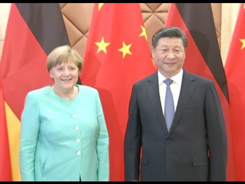 Chinese President Meets Visiting German Chancellor
