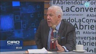 Elba Esther Gordillo demandará a Carlos Loret por daño moral