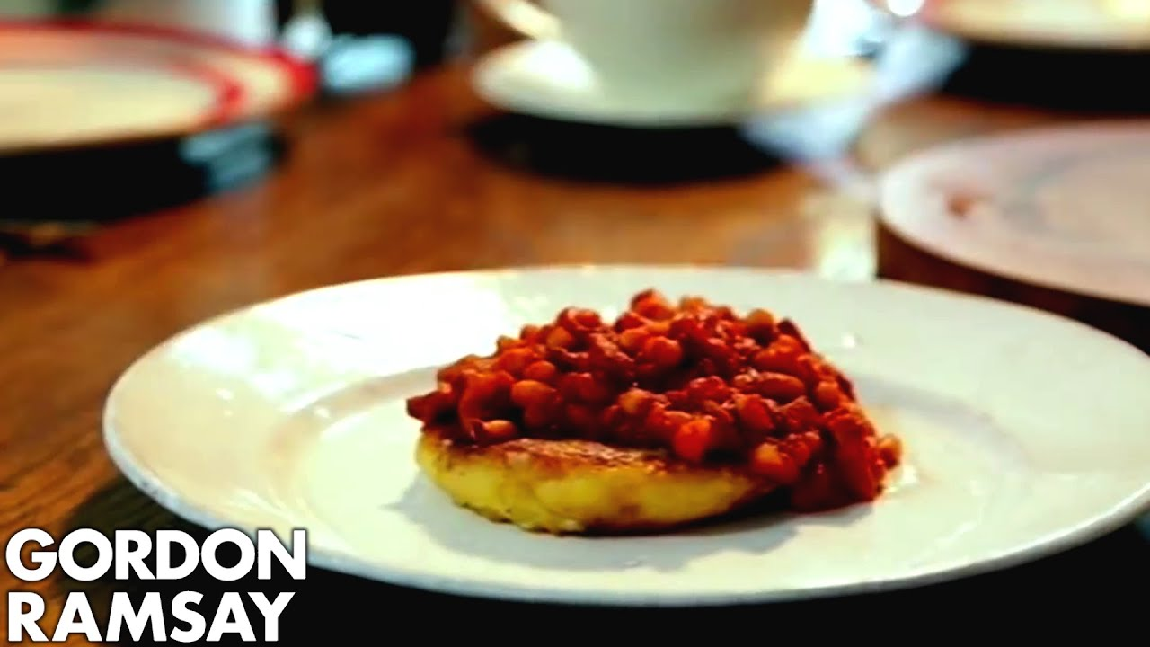 Homemade Spicy Baked Beans With Potato Cakes