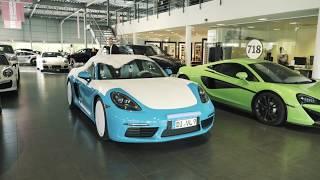 Auslieferung Porsche 718 Boxster S Miamiblau und McLaren 540C / 570S Mantis Grün