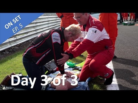Renault Uk Clio Cup 2018 Oulton Park - Saving lives and racing