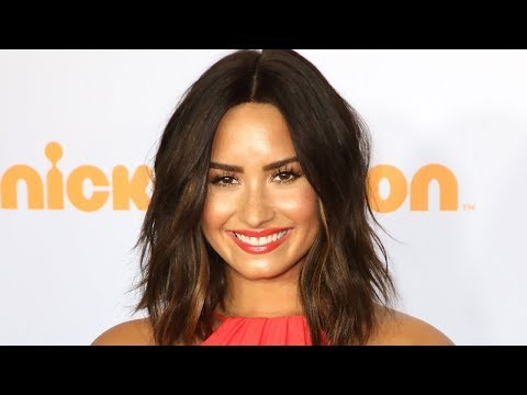 Demi Lovato LEAVES Rehab & HOLDS HANDS With Fashion Designer Mp3
