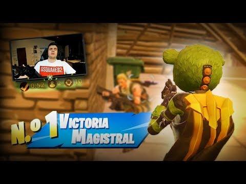 REPARTIENDO CON EL OSITO VERDE   FORTNITE