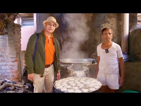 Serving Delicious Wood Fire Idlis For 50 Years | Original KOTE IDLI KANAKAPURA| 4 Idlis Rs. 10 Only!