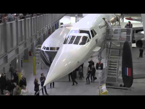 Concorde nose lowering demonstration